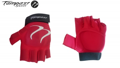Tempest Red Black Glove 2018